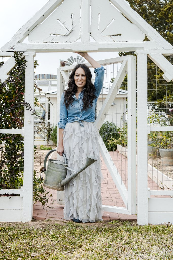 Pictures-Joanna-Gaines-Darling-Magazine